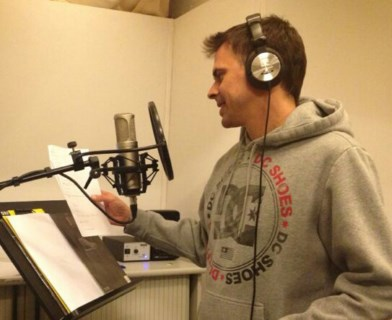 Voice overs for teleshopping. Spanish recordings for teleshopping and commercial videos