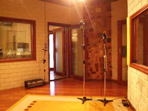 cheap voice over, cheap voice overs, cheap voice talents