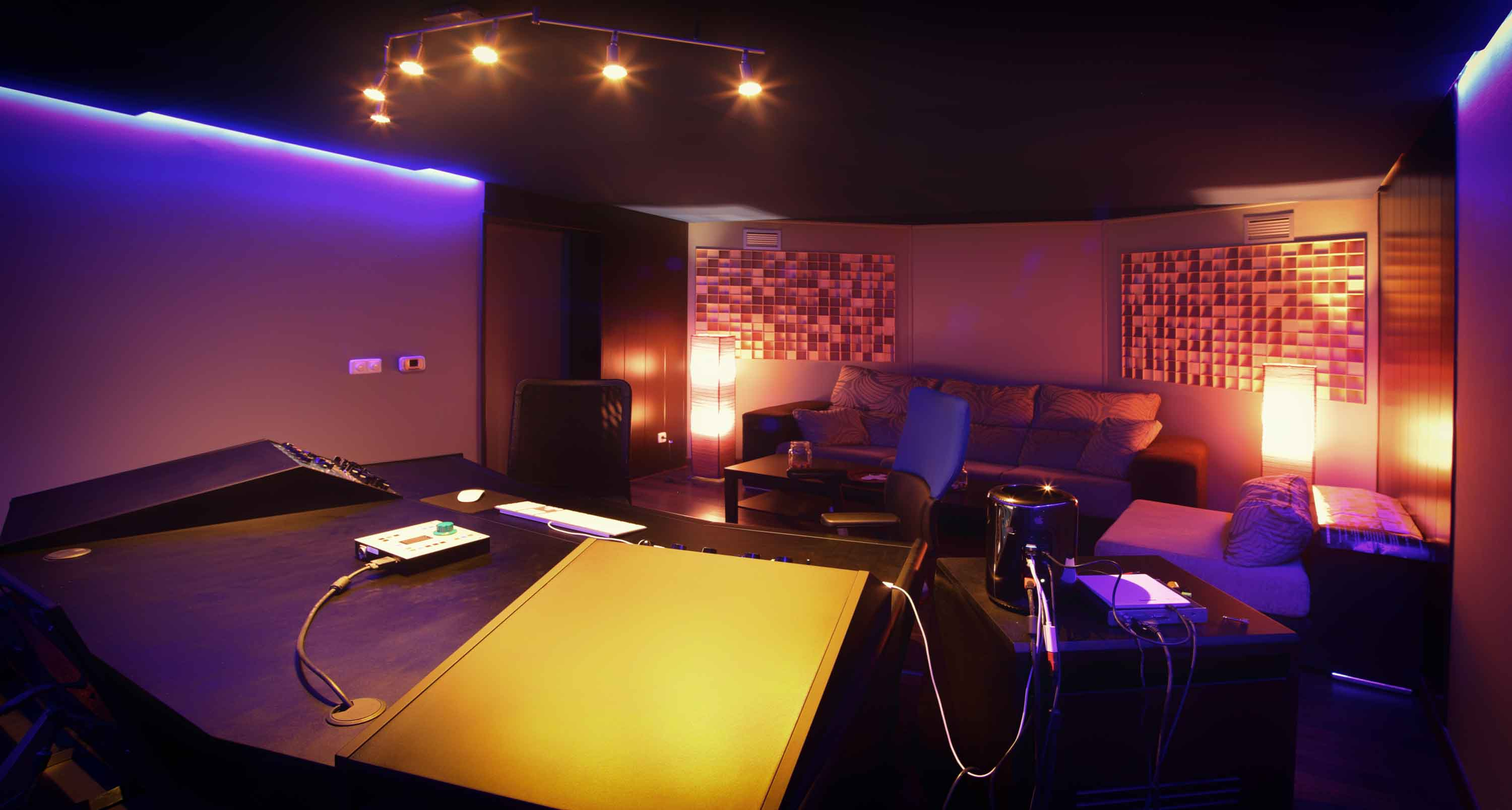 Wondrous Recording Studio In Madrid Recording Studio In Barcelona Largest Home Design Picture Inspirations Pitcheantrous