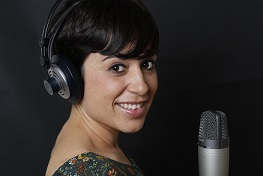 locutora española, Spanish female voice talent