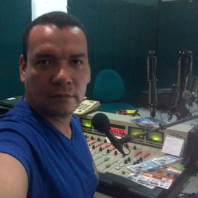 Colombian voice talent, locutor colombiano