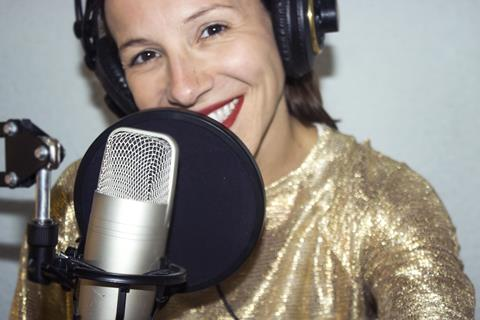 locutora, Spanish voice over talent, Spanish female voice over